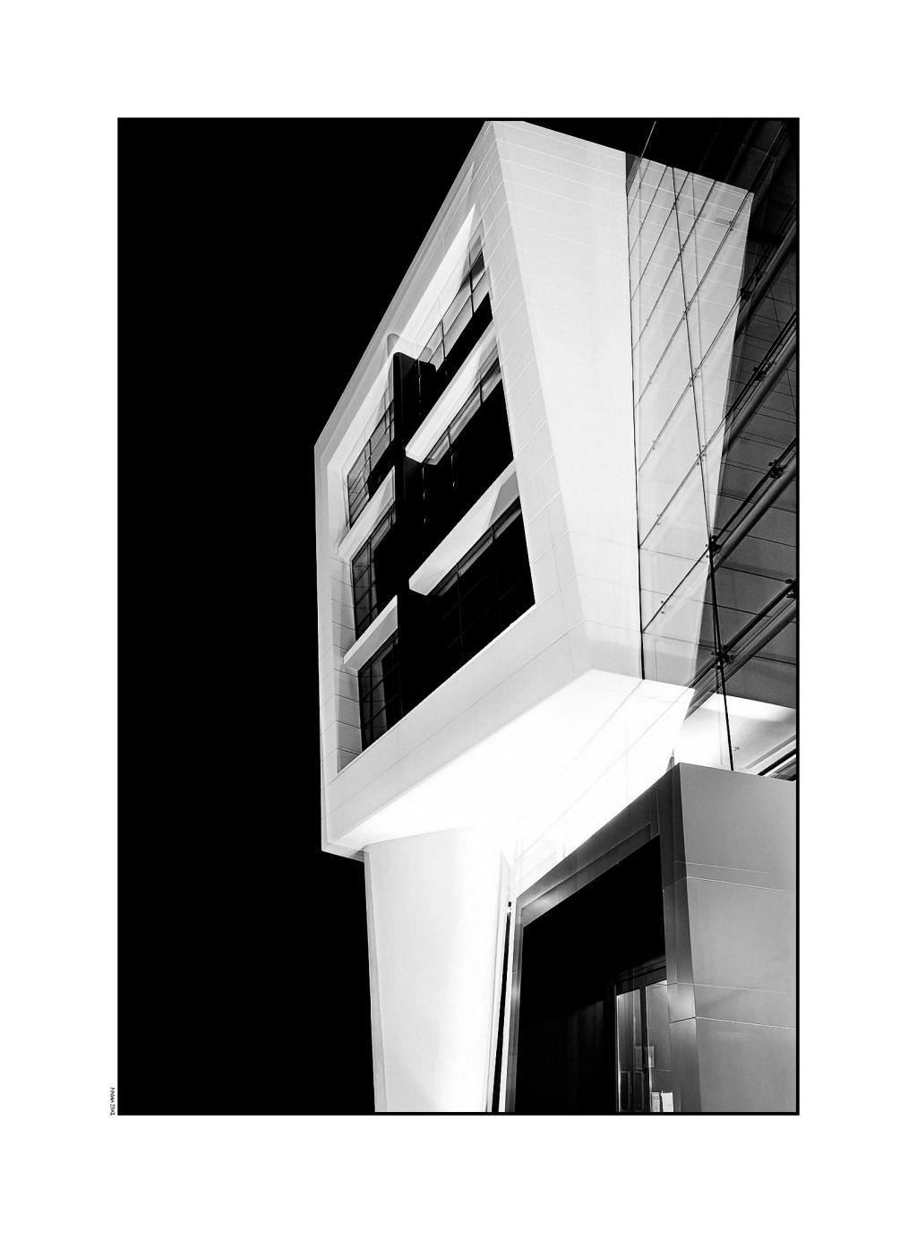 Atrium#2 bw