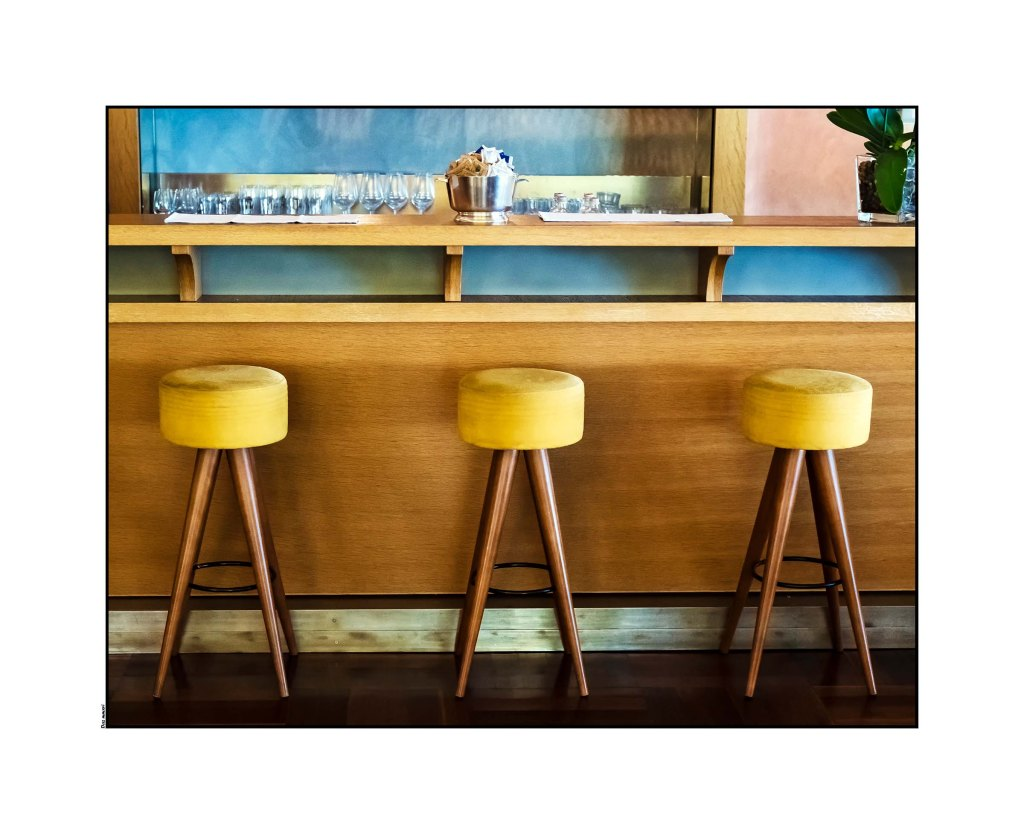 hotel-bar-stoolshotel-bar-stools-optomized