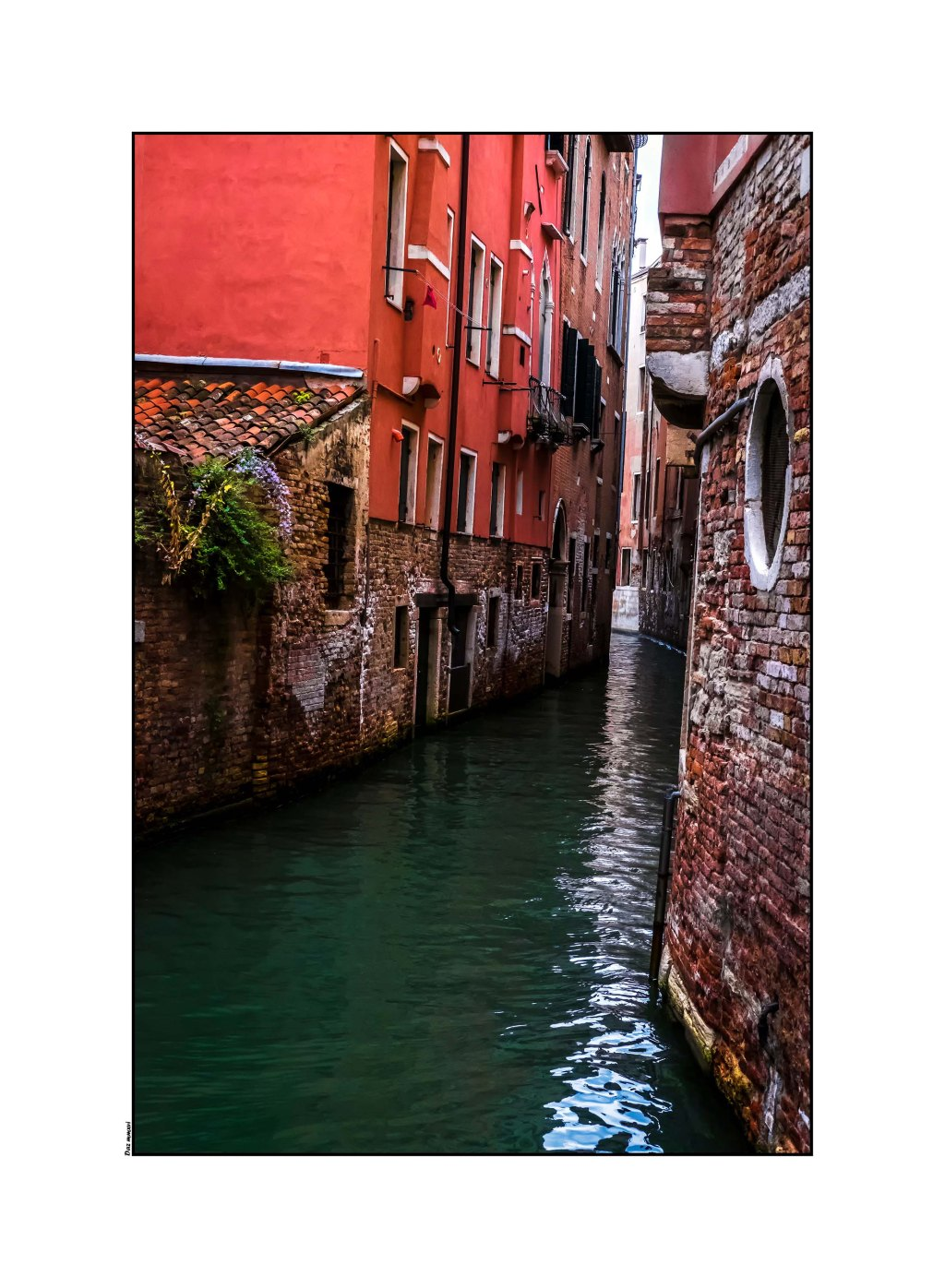 venice-canalvenice-canal-optomized
