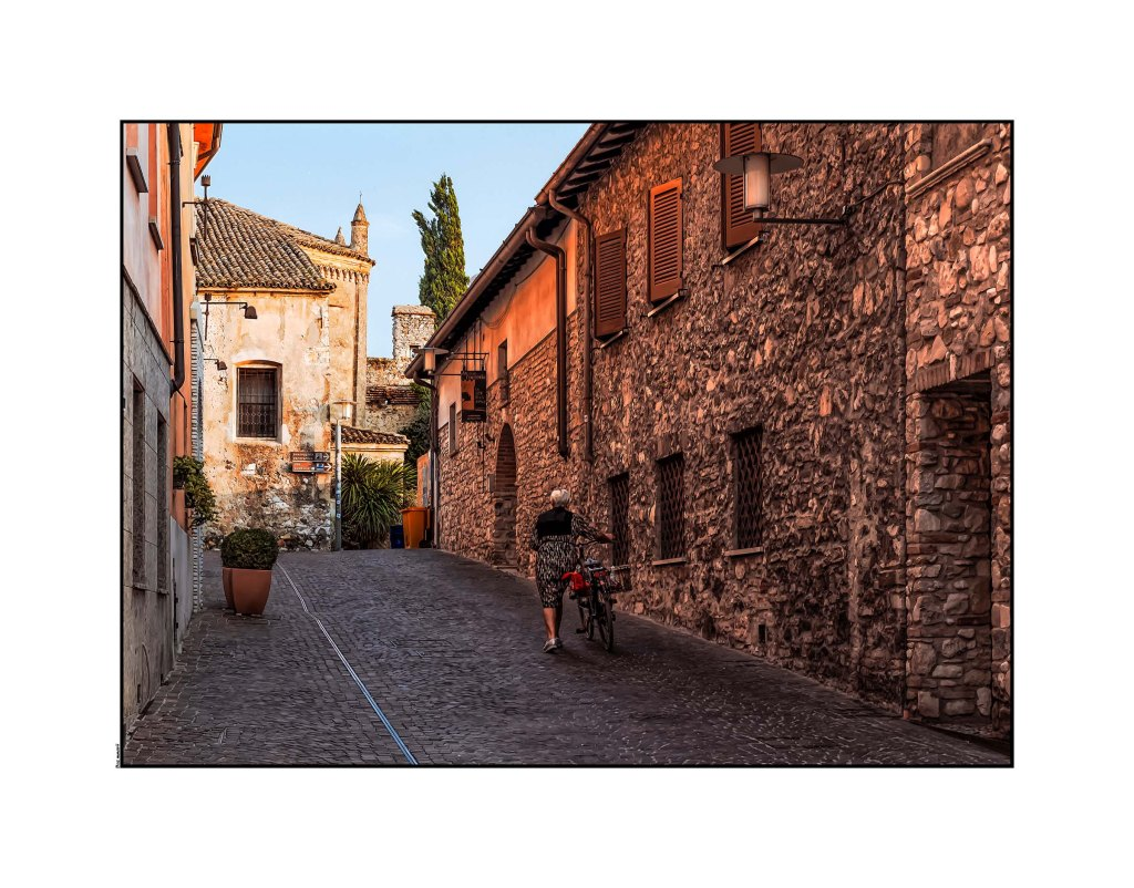 _dsf2136sirmione-bike-optomized